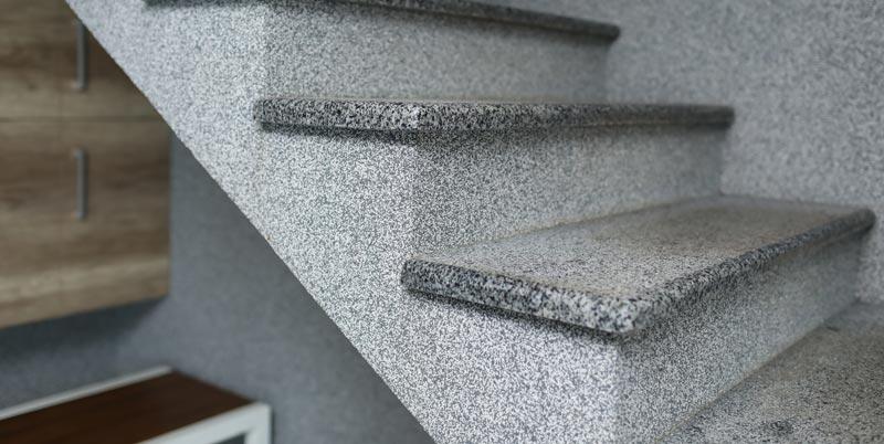 Polirane granitne stopnice - za notranjo uporabo